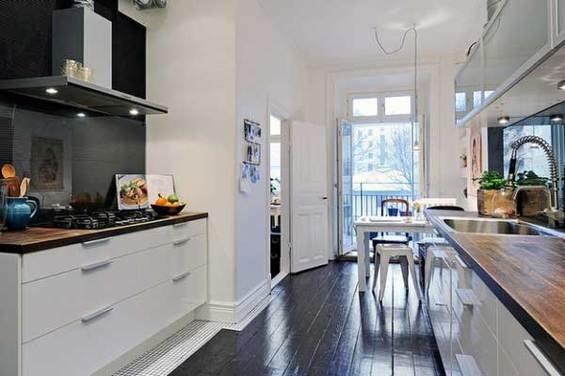 Фотография: Кухня и столовая в стиле Скандинавский, Квартира, Швеция, Мебель и свет, Дома и квартиры, Гетеборг – фото на INMYROOM