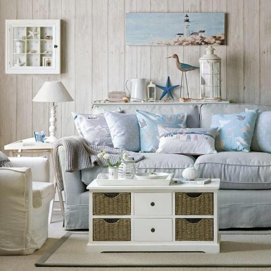 Фотография: Гостиная в стиле , Декор интерьера, Дизайн интерьера, Подушки, Морской – фото на INMYROOM