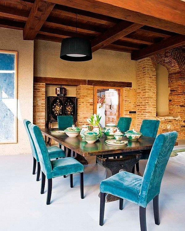 Фотография: Кухня и столовая в стиле Прованс и Кантри, Лофт, Декор интерьера, Дизайн интерьера, Цвет в интерьере, Белый, Серый, Бирюзовый – фото на INMYROOM