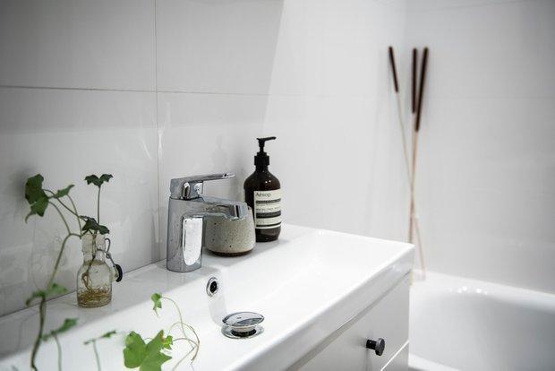 Фотография: Ванная в стиле Скандинавский, Декор интерьера, Минимализм, 2 комнаты, 40-60 метров – фото на INMYROOM