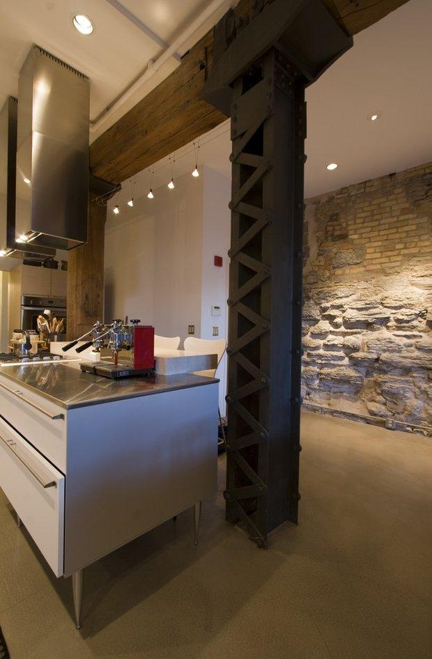 Фотография: Кухня и столовая в стиле Лофт, Квартира, Дома и квартиры, Проект недели – фото на INMYROOM