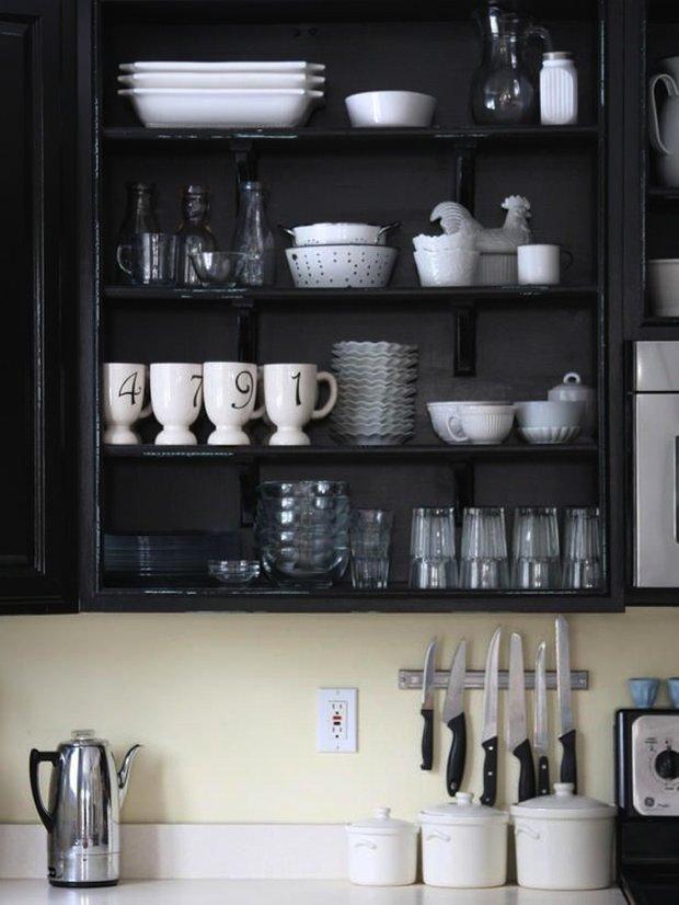 Фотография: Прочее в стиле , Кухня и столовая, Интерьер комнат, Цвет в интерьере, Белый – фото на INMYROOM