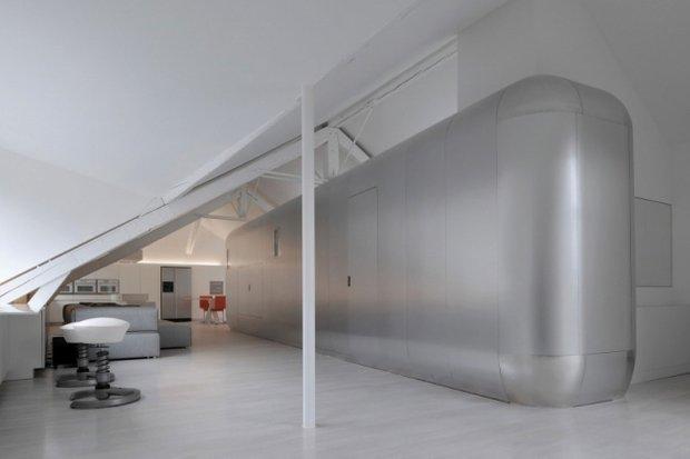 Фотография: Гостиная в стиле Современный, Хай-тек, Лофт, Квартира, Дома и квартиры, Футуризм – фото на INMYROOM