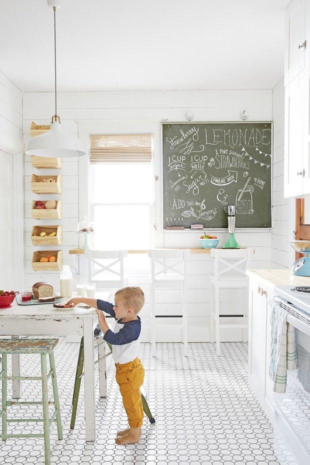 Фотография: Кухня и столовая в стиле Скандинавский, Декор интерьера, Дом, США, Белый, Дом и дача – фото на INMYROOM