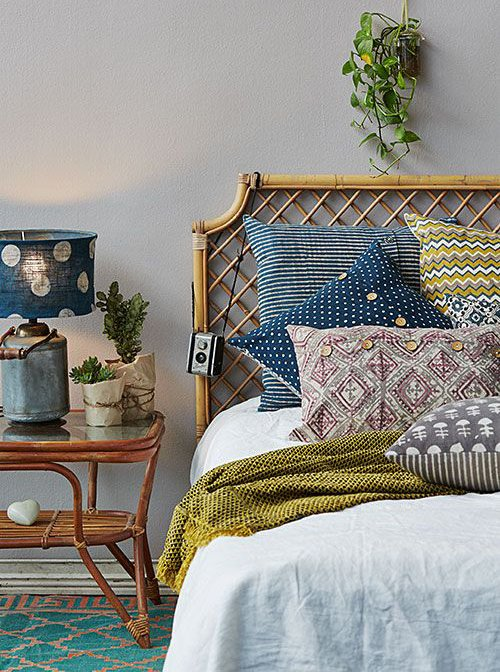 Фотография: Спальня в стиле Прованс и Кантри, Декор интерьера, Текстиль, Декор, Текстиль, Ткани, Шторы – фото на INMYROOM