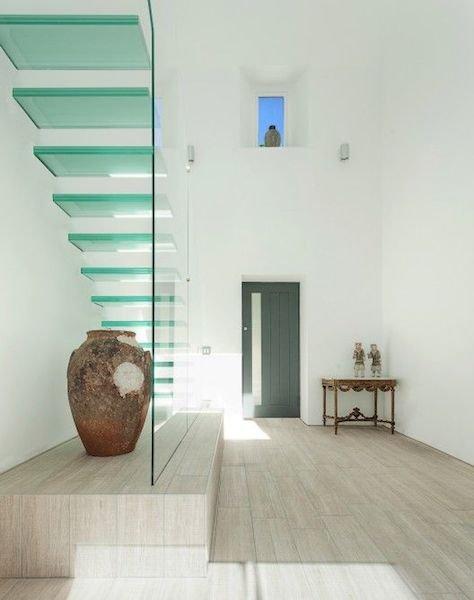 Фотография:  в стиле Эклектика, Современный, Декор интерьера, Декор дома, Лестница – фото на INMYROOM