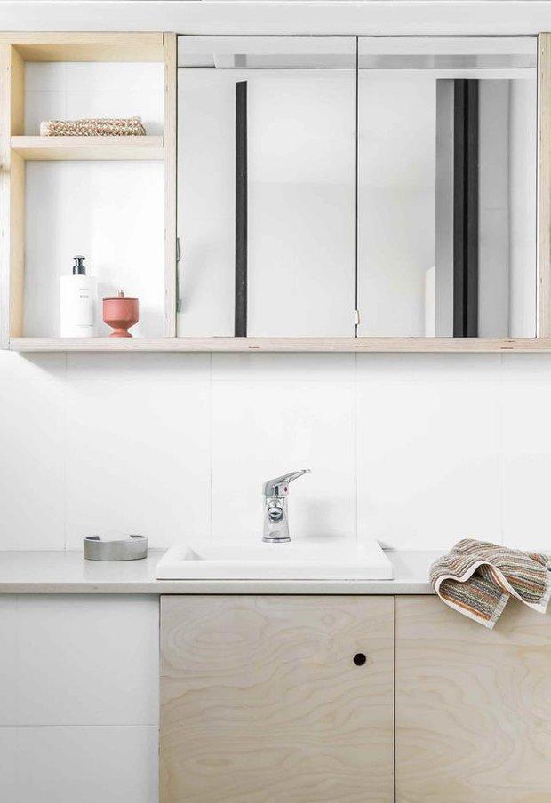 Фотография: Ванная в стиле Минимализм, Декор интерьера, Белый, Серый, до 40 метров – фото на INMYROOM
