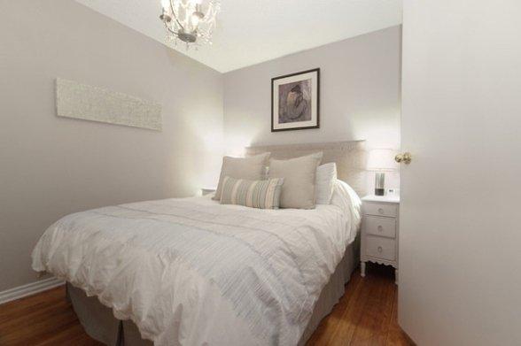 Фотография: Спальня в стиле Прованс и Кантри, Скандинавский, Декор интерьера, Мебель и свет – фото на INMYROOM