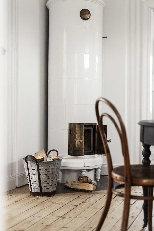 Фотография:  в стиле , Скандинавский, Декор интерьера, Дом, Швеция, Декор дома, Белый, Стокгольм, Серый, уютный минимализм – фото на INMYROOM