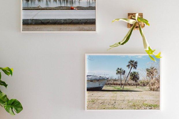 Фотография:  в стиле , Эклектика, Декор интерьера, Дом, США, Розовый, как обустроить съемную квартиру, как улучшить интерьер съемной квартиры, декор съемной квартиры, яркий интерьер, Новый Орлеан – фото на INMYROOM