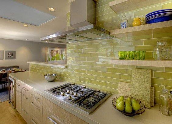 Фотография: Кухня и столовая в стиле Современный, Декор интерьера, Интерьер комнат, Плитка – фото на INMYROOM