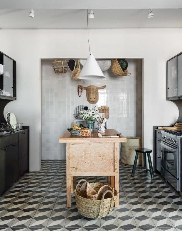 Фотография: Кухня и столовая в стиле Прованс и Кантри, Современный, Эклектика, Декор интерьера, Квартира, Советы, Дорого и бюджетно – фото на INMYROOM