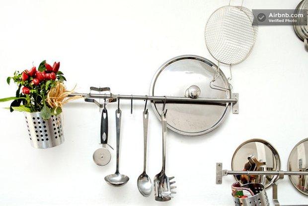 Фотография: Кухня и столовая в стиле Эклектика, Airbnb – фото на INMYROOM