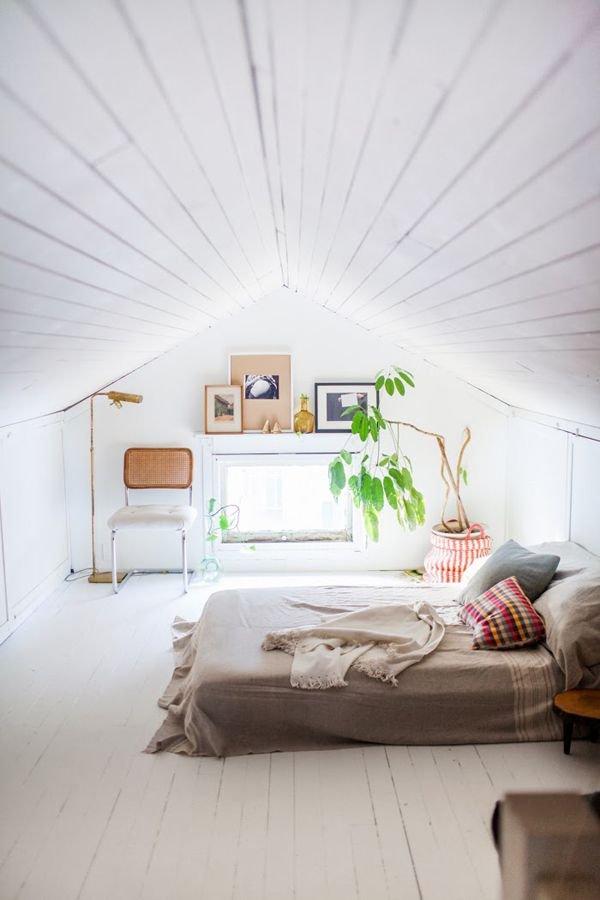 Фотография: Спальня в стиле Скандинавский, Классический, Декор интерьера, Дом, Минимализм, Эко – фото на INMYROOM