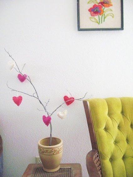 Фотография: Спальня в стиле Прованс и Кантри, Декор интерьера, DIY, Праздник, День святого Валентина – фото на INMYROOM