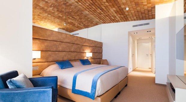 Фотография: Спальня в стиле Скандинавский, Дома и квартиры, Городские места, Отель, Проект недели – фото на INMYROOM