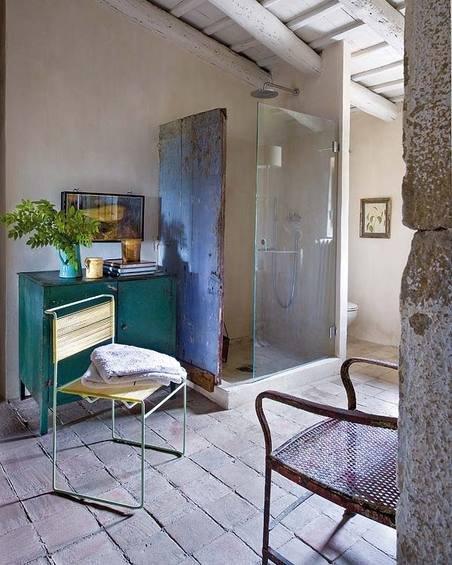 Фотография: Ванная в стиле Прованс и Кантри, Дом, Испания, Дома и квартиры, Современное искусство – фото на INMYROOM