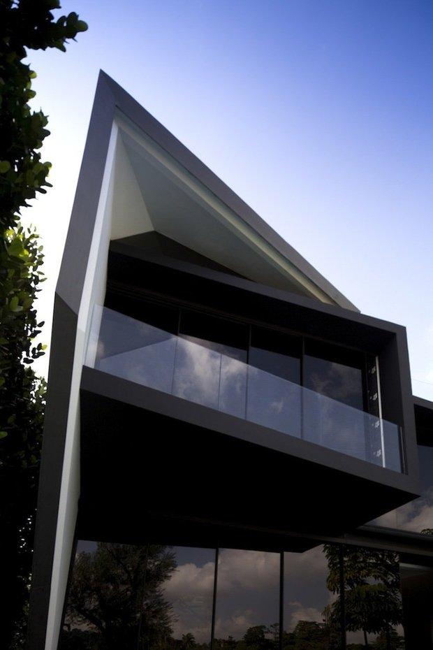 Фотография: Архитектура в стиле Современный, Эклектика, Декор интерьера, Дом, Дома и квартиры, Архитектурные объекты, Минимализм – фото на INMYROOM