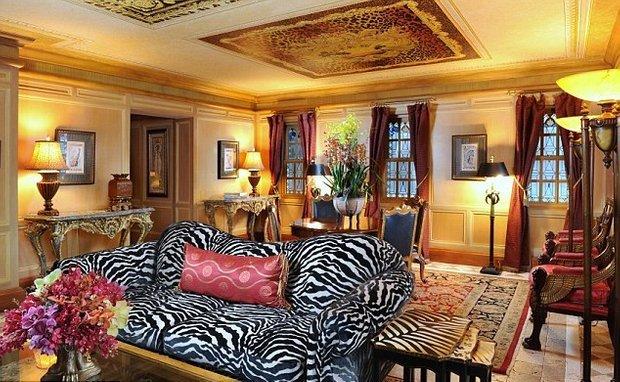 Фотография: Гостиная в стиле , Дома и квартиры, Интерьеры звезд – фото на INMYROOM