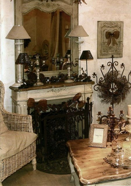 Фотография: Декор в стиле Прованс и Кантри, Декор интерьера, Декор дома, Праздник, Камин, Биокамин – фото на INMYROOM