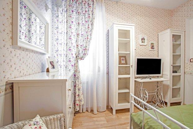 Фотография:  в стиле Прованс и Кантри, Современный, Декор интерьера, DIY, Мебель и свет, Стол – фото на InMyRoom.ru