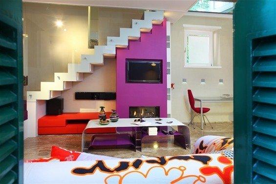 Фотография: Гостиная в стиле Современный, Эклектика, Дом, Цвет в интерьере, Дома и квартиры – фото на INMYROOM
