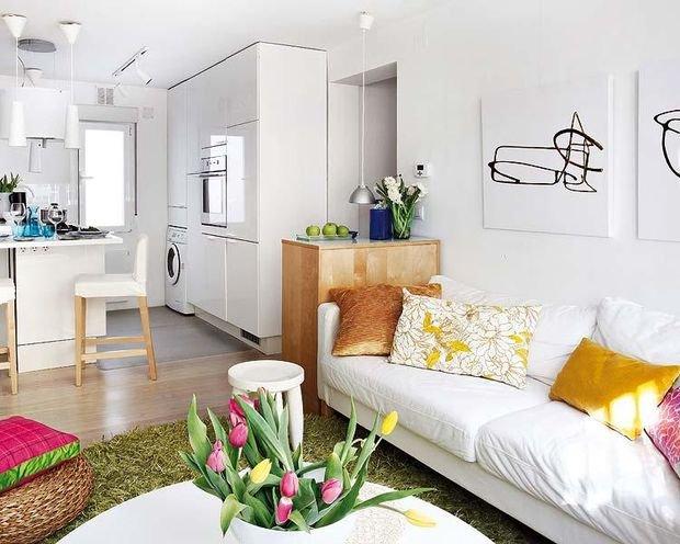 Фотография: Спальня в стиле Современный, Декор интерьера, Малогабаритная квартира, Квартира, Студия, Планировки, Мебель и свет – фото на INMYROOM