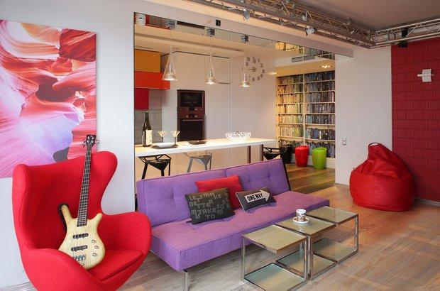 Фотография: Гостиная в стиле Лофт, Современный, Эклектика, Квартира, Проект недели – фото на INMYROOM