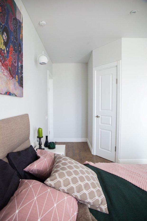Фотография: Спальня в стиле Скандинавский, Гид, напольное покрытие, ламинат – фото на INMYROOM