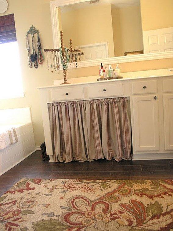 Фотография: Ванная в стиле , Декор интерьера, Дом, Декор дома, Системы хранения, Шторы – фото на INMYROOM