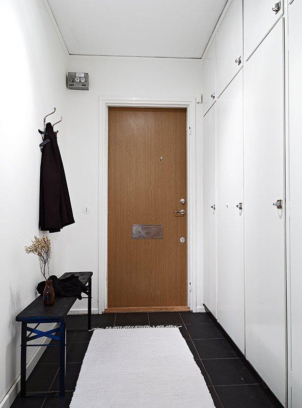 Фотография: Прихожая в стиле Скандинавский, Современный, Декор интерьера, Малогабаритная квартира, Квартира, Швеция, Дома и квартиры – фото на INMYROOM