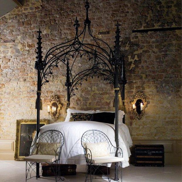 Фотография: Спальня в стиле Прованс и Кантри, Классический, Лофт, Современный, Декор интерьера, Малогабаритная квартира, Мебель и свет, Готический – фото на InMyRoom.ru