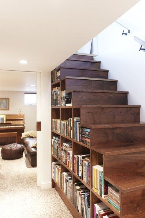 Фотография: Декор в стиле Скандинавский, Архитектура, Мебель и свет, Ремонт на практике, Никита Морозов, освещение для лестницы, какую выбрать лестницу, какие бывают лестницы, прямая лестница, винтовая лестница, лестница на больцах, подвесная лестница, ограждение для лестниц, как украсить лестницу – фото на INMYROOM