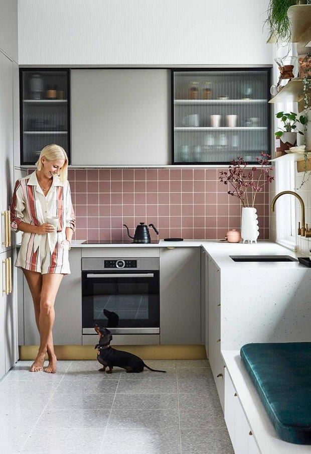 Фотография: Кабинет в стиле Скандинавский, Декор интерьера, Квартира, Серый, Розовый, Сидней – фото на INMYROOM