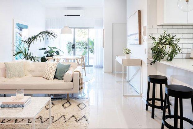 Фотография: Гостиная в стиле Скандинавский, Кухня и столовая, Спальня, Декор интерьера, Квартира, Австралия, Розовый, Голубой – фото на INMYROOM