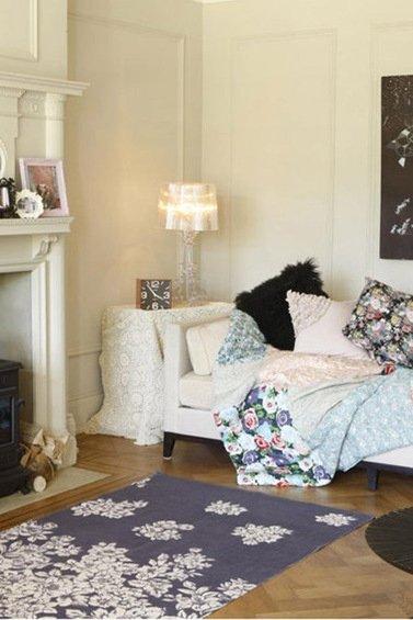 Фотография: Гостиная в стиле Прованс и Кантри, Спальня, Декор интерьера, DIY, Декор дома, Ковер – фото на INMYROOM
