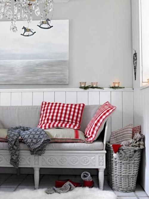 Фотография: Гостиная в стиле Скандинавский, Декор интерьера, Дизайн интерьера, Цвет в интерьере – фото на INMYROOM