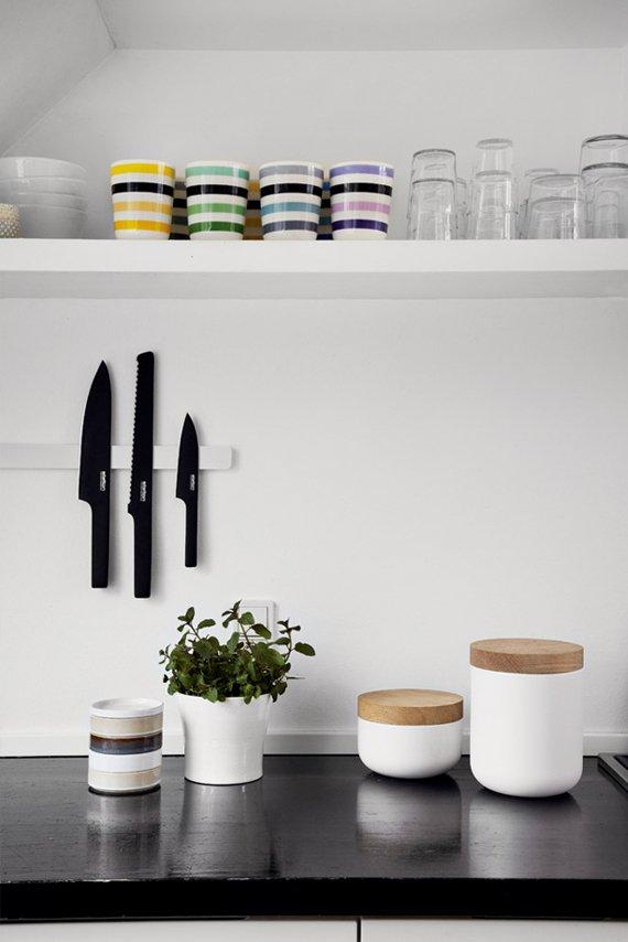 Фотография: Кухня и столовая в стиле Современный, Аксессуары, Интерьер комнат, Декор – фото на INMYROOM