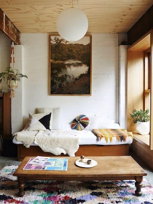 Фотография: Гостиная в стиле Прованс и Кантри, Восточный, Декор интерьера, Текстиль, Декор, Текстиль – фото на INMYROOM