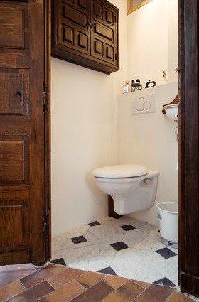 Фотография: Ванная в стиле Прованс и Кантри, Стиль жизни, Советы, Париж, Airbnb – фото на INMYROOM