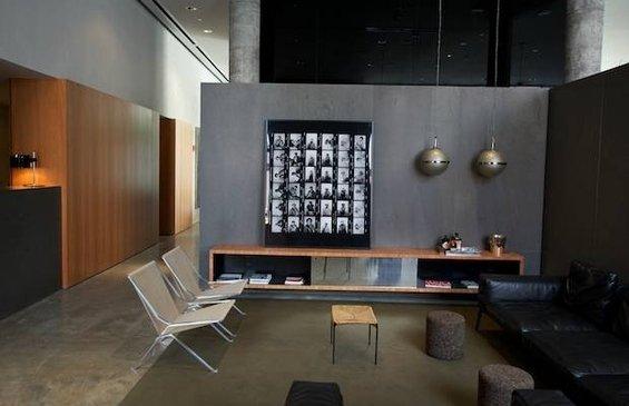 Фотография: Гостиная в стиле Лофт, Дома и квартиры, Городские места – фото на INMYROOM