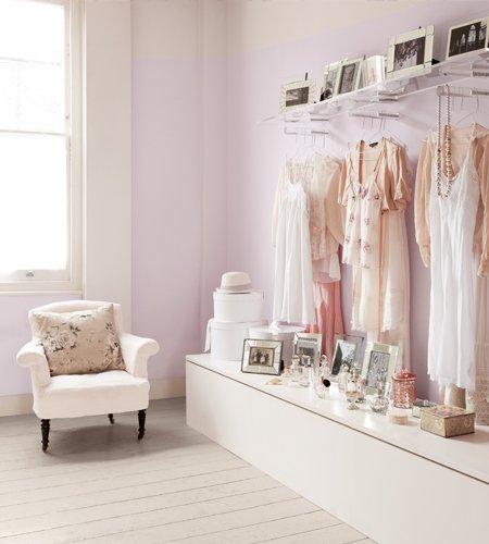 Фотография: Спальня в стиле Прованс и Кантри, Декор интерьера, Дизайн интерьера, Цвет в интерьере, Dulux, ColourFutures, Akzonobel, Краски – фото на INMYROOM