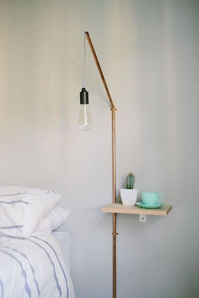 Фотография: Спальня в стиле Лофт, Декор интерьера, Мебель и свет, Стол – фото на INMYROOM