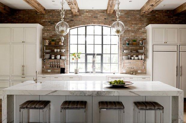 Фотография: Кухня и столовая в стиле Прованс и Кантри, Декор интерьера, Антиквариат, Праздник, Новый Год – фото на INMYROOM
