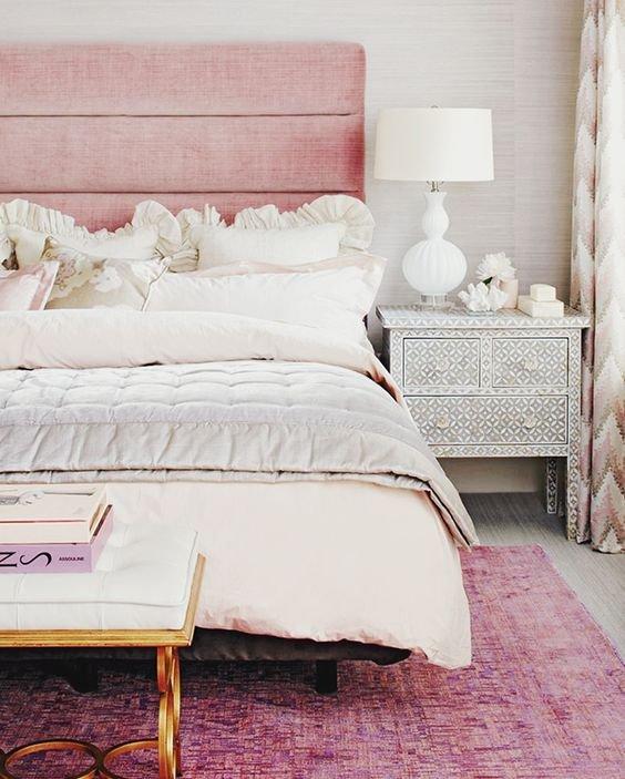 Фотография: Спальня в стиле Прованс и Кантри, Декор интерьера, Декор, Розовый – фото на INMYROOM