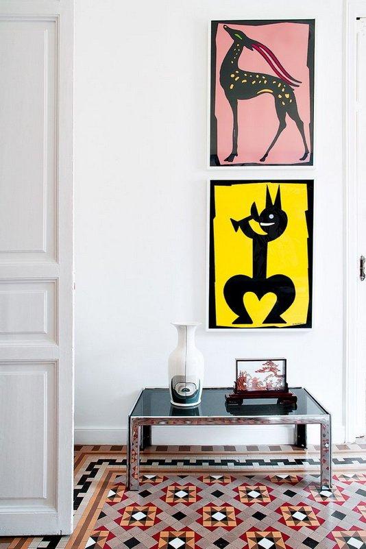 Фотография: Декор в стиле Скандинавский, Современный, Декор интерьера, Прочее, Советы, кирпичная стена в интерьере, современный интерьер в квартире старого фонда, метлахская плитка в интерьере, лепнина в интерьере – фото на INMYROOM
