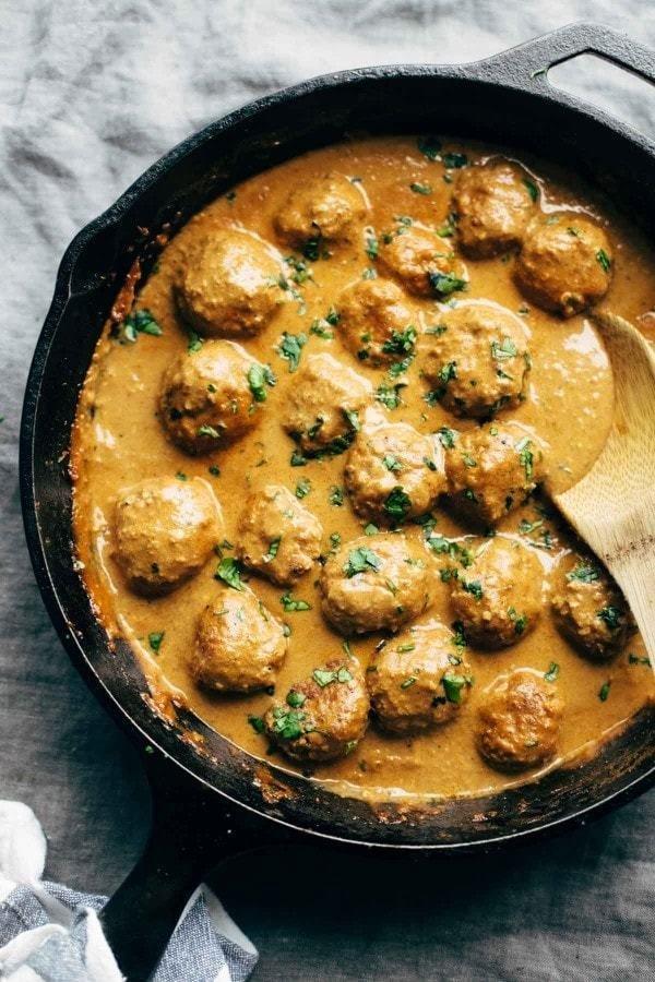 Фотография:  в стиле , Основное блюдо, Здоровое питание, Вегетарианская, Жарить, Индийская кухня, Кулинарные рецепты, 30 минут, Просто, Цветная капуста, Киноа – фото на INMYROOM