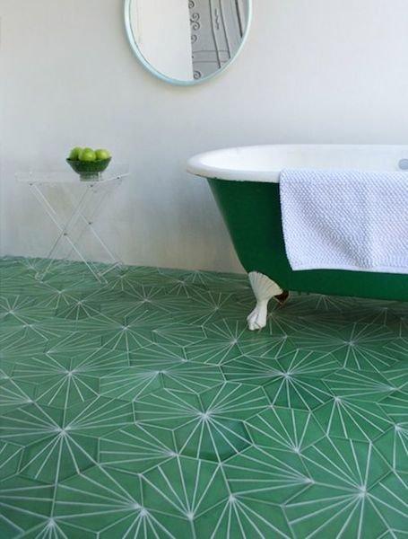 Фотография: Ванная в стиле Прованс и Кантри, Декор интерьера, Декор дома, Пол – фото на InMyRoom.ru