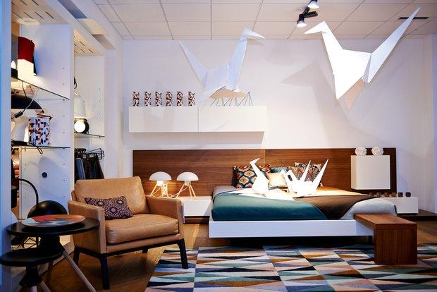 Фотография: Спальня в стиле Скандинавский, Современный, Эклектика, Декор интерьера, BoConcept, Мебель и свет, Индустрия, События, Кулинарная студия Clever, Мягкая мебель – фото на INMYROOM