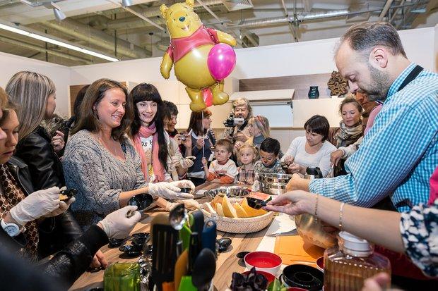 Фотография: Прочее в стиле , Кухня и столовая, Индустрия, Новости, Минимализм, Кулинарная студия Clever, Тема месяца – фото на InMyRoom.ru